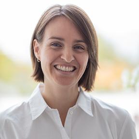 Dr. Verena Müller-Abbrederis